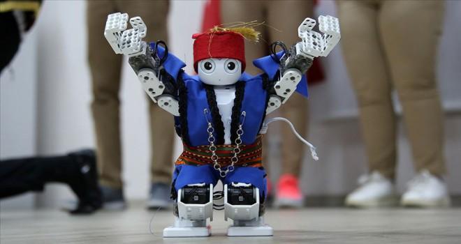 Harmandalı oynayan robot Avrupa finallerine taşıdı