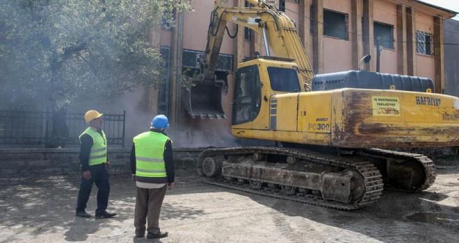80 milyon lira bütçeli sosyal projede ilk kazma vuruldu