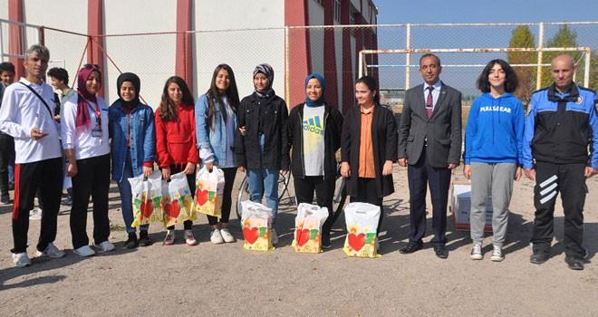 Seydişehir'de Bocce Turnuvası'nda dereceye giren öğrenciler ödüllendirildi