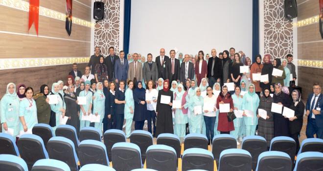 Hastane çalışanlarına kat hizmetleri eğitimi
