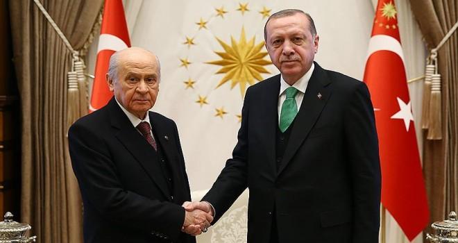 Cumhurbaşkanı Erdoğan, MHP Genel Başkanı Bahçeli'yi kabul ediyor
