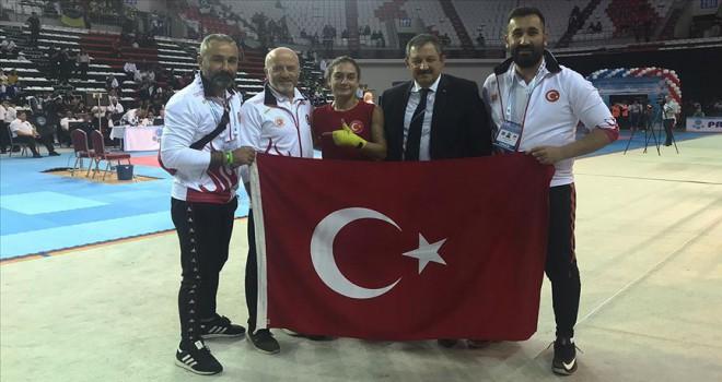 Türk sporculardan altın madalya