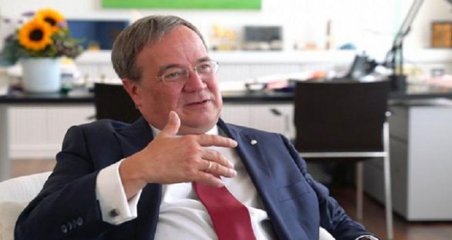 CDU'nun yeni başkanı  Armin Laschet seçildi