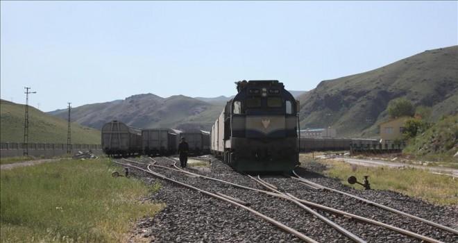 İranlı turistler trenle de Van'a gelebilecek