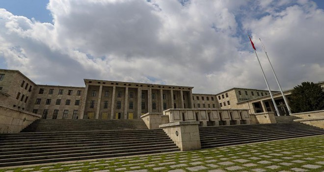 Meclis 151 bin 454 kişiyi ağırladı