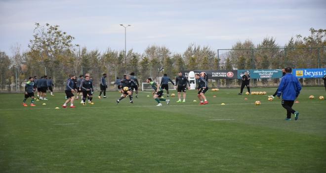 Atiker Konyasporda Antalyaspor maçı hazırlıkları