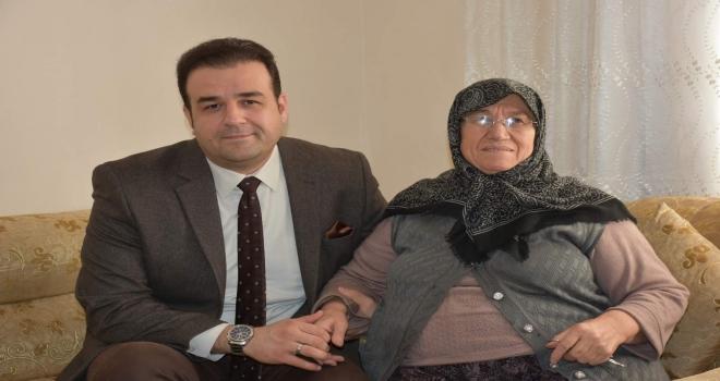 AK Parti Tepebaşı Teşkilatının mahalle ziyaretleri