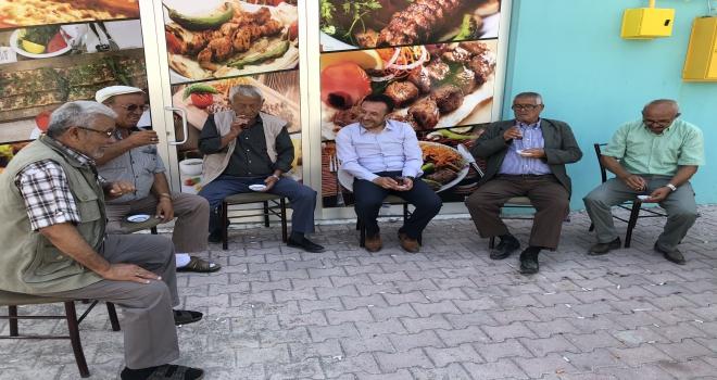 Başkan Oğuzdan mahalle ziyaretleri