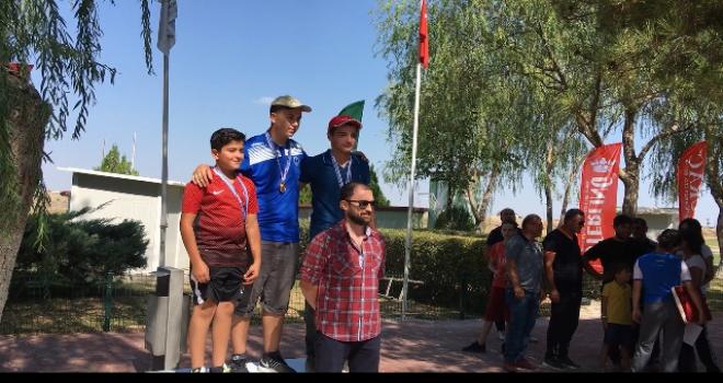 Kırşehirli genç atıcıdan Türkiye ikinciliği