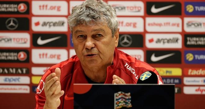 A Milli Futbol Takımı Teknik Direktörü Lucescu: Başaramazsak Allahaısmarladık der ve çeker giderim