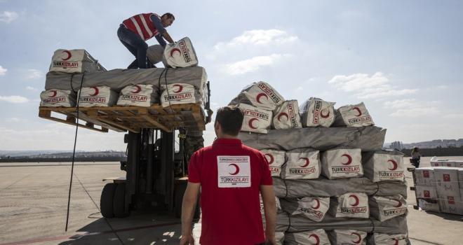 Türkiyenin Endonezyadaki afetzedelere yardımları yola çıktı