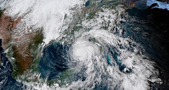 Michael Kasırgası ABDyi vurmaya başladı