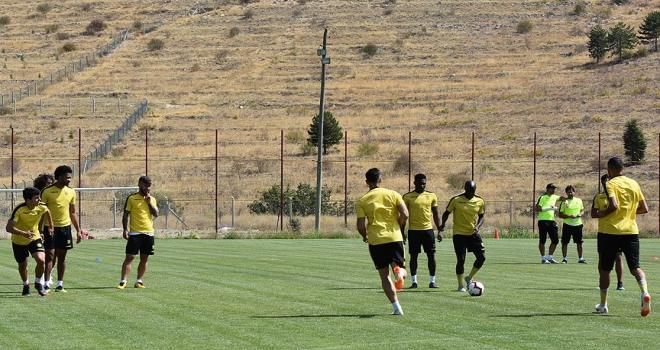 Evkur Yeni Malatyasporda hedef 3 puan