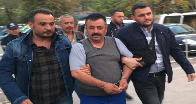 GÜNCELLEME  Konyada ilçe belediye başkanına silahlı saldırı