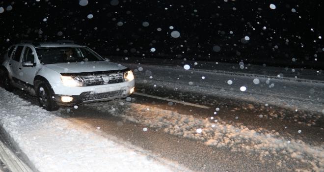 Karamanda kar yağışı
