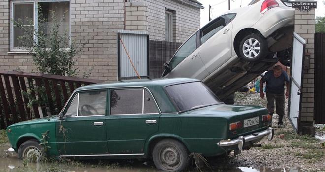 Rusyada sel felaketi: 6 ölü, 13 yaralı