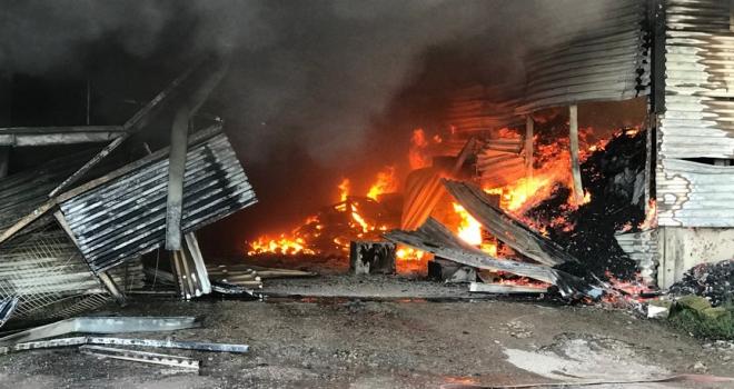 Sakaryada fabrika yangını