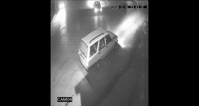 Ara sokaklarda drift atan sürücüler güvenlik kamerasına yakalandı