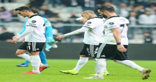 Fenerbahçe Teknik Sorumlusu Koeman: Burada kalırsam hiçbir şey için söz veremem