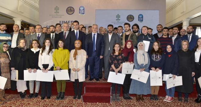 Medya Okulu ve Sinema Akademisi eğitimlerini tamamlayan gençler sertifikalarını aldı