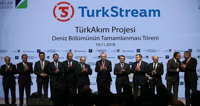 İstanbuldaki TürkAkım zirvesi Rus gazetelerin manşetlerinde