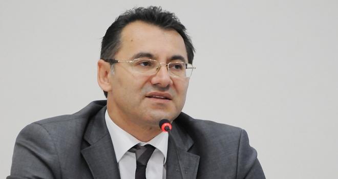 Eski Anayasa Mahkemesi Üyesi Altanın tutukluluğu devam edecek