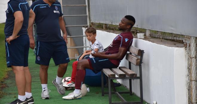 Trabzonsporda Onazi hastaneye kaldırıldı