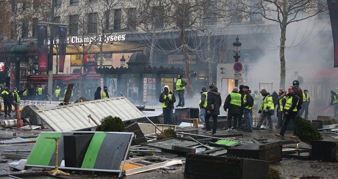 Paristeki gösteriye ilişkin 101 kişi gözaltına alındı