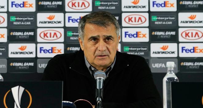 Beşiktaş Teknik Direktörü Güneşten futbolcularına tebrik