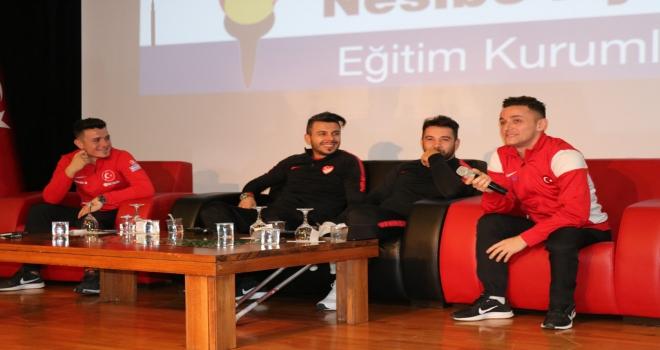 Ampute Milli Futbol Takımı, öğrencilerle buluştu