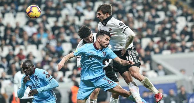 Beşiktaş 1 puana son anda uzandı