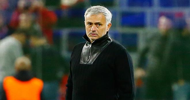 Manchester Unitedda Mourinho dönemi sona erdi