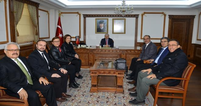 Kırşehir Musiki Cemiyetinden Vali Akına ziyaret