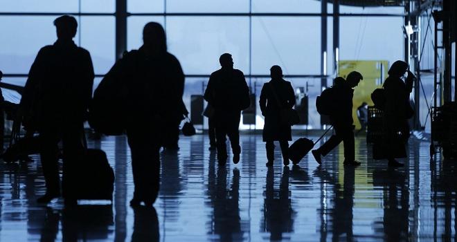 Dış hat yolcularından alınacak güvenlik vergisi düşürüldü