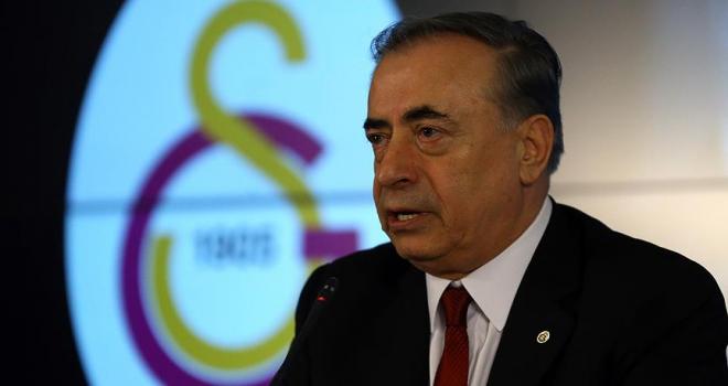 Galatasaray Kulübü Başkanı Cengiz: Forvet artık rüyama giriyor