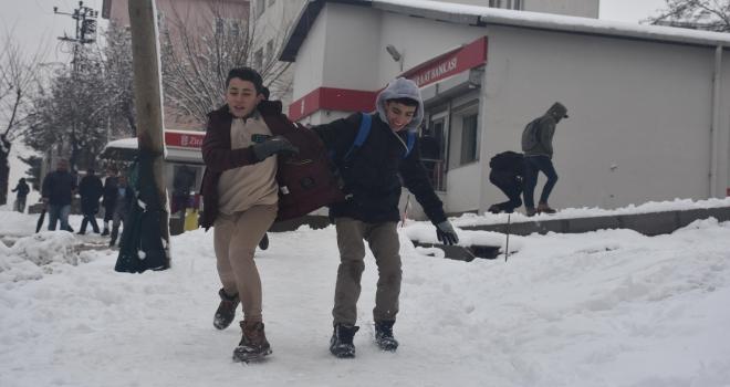 Kırklarelinde eğitime kar engeli