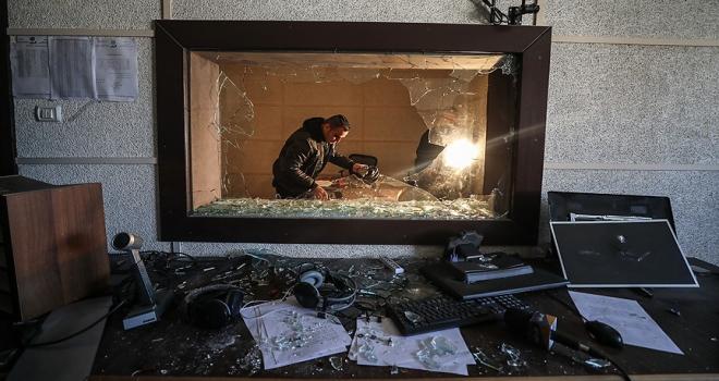 Gazzedeki Filistin Radyo ve Televizyon karargahına saldırı