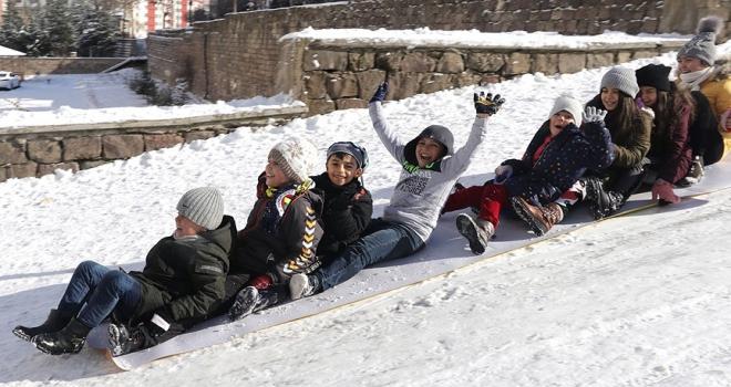 7 ilde eğitime kar ve buzlanma engeli