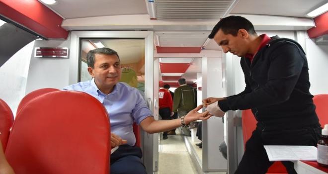 Nallıhanda kan bağışı kampanyası