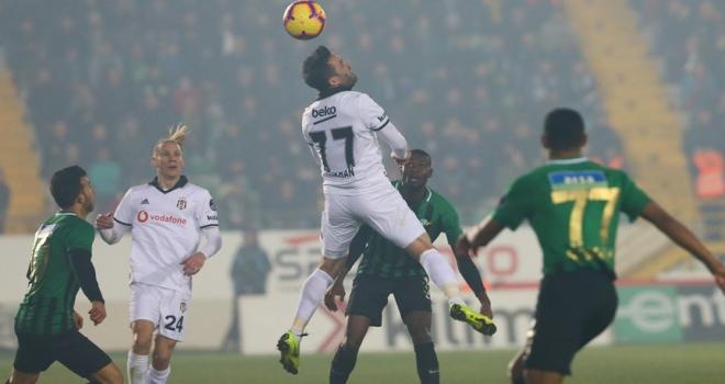 Beşiktaş deplasmanda Akhisarsporu mağlup etti