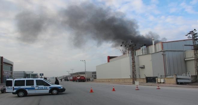 Konyada yer altı tankı üretilen fabrikada yangın çıktı
