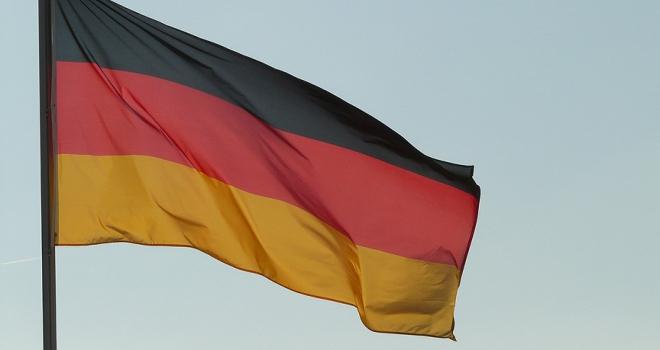 Alman silah üreticisi hükümeti dava açmakla tehdit etti iddiası