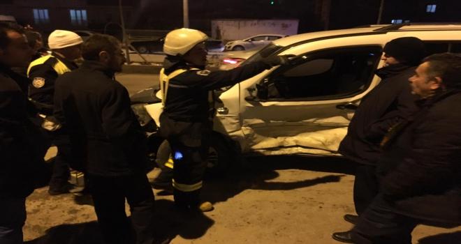 Kırşehirde trafik kazası: 2 yaralı