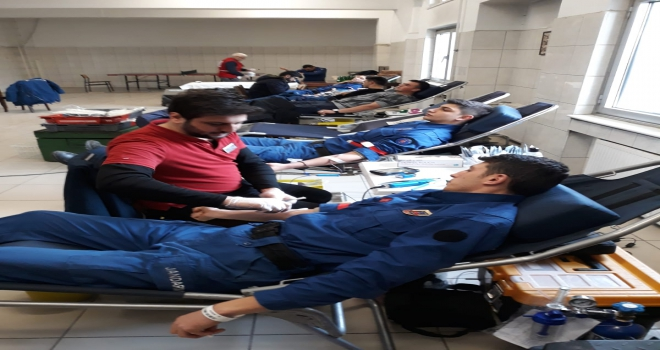Başkentte jandarmadan kan bağışı