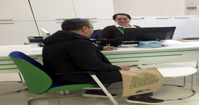 CK Enerji Akdeniz Elektrikten geri dönüşümlü 10 bin bez çanta