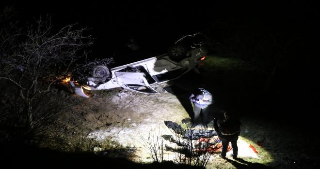 Nevşehirde otomobil şarampole devrildi: 1 ölü, 5 yaralı