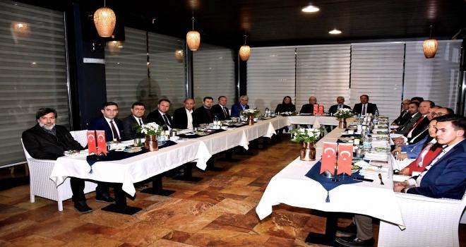 Eskişehirde Cumhur İttifakı milletvekillerinden istişare toplantısı