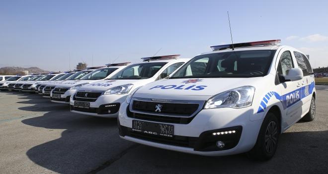 Ankara emniyetine araç takviyesi