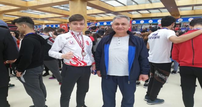 Seydişehirli sporcular Antalyadan 5  bronz madalyayla döndü