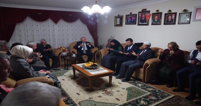 Bakan Soyludan şehit ailesine ziyaret